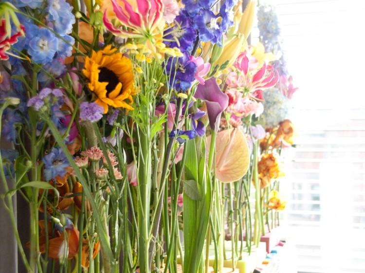 Dieses Blumenmeer erwartete uns und lud zum Basteln und dekorieren ein!
