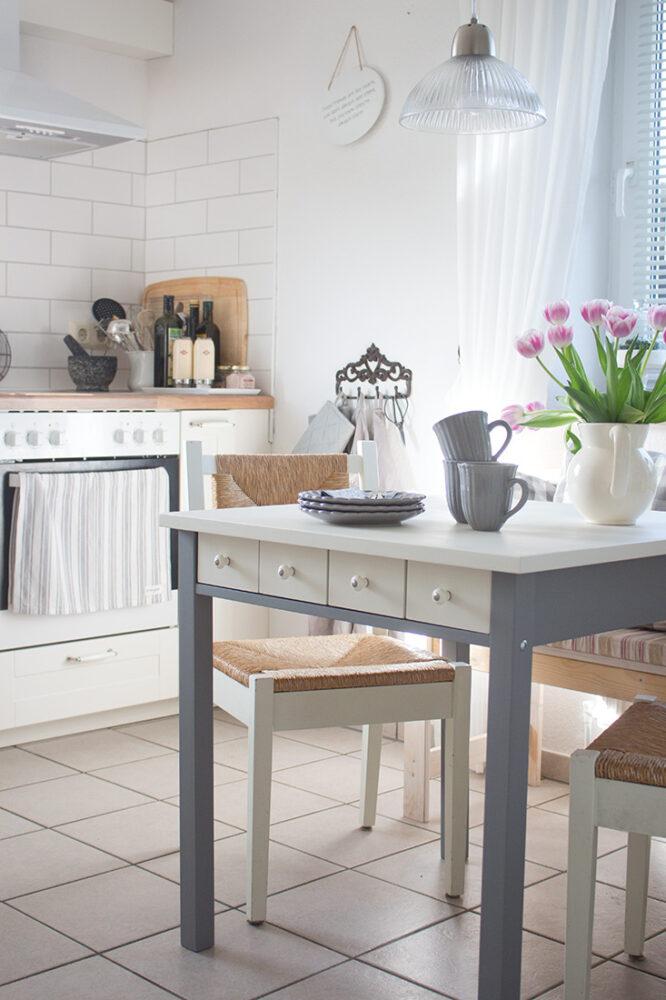 der neue alte k chentisch ein paar impressionen aus der k che cozy and cuddly. Black Bedroom Furniture Sets. Home Design Ideas
