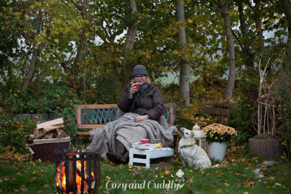 Wir genießen den Herbst: Ein Lagerfeuer im Garten